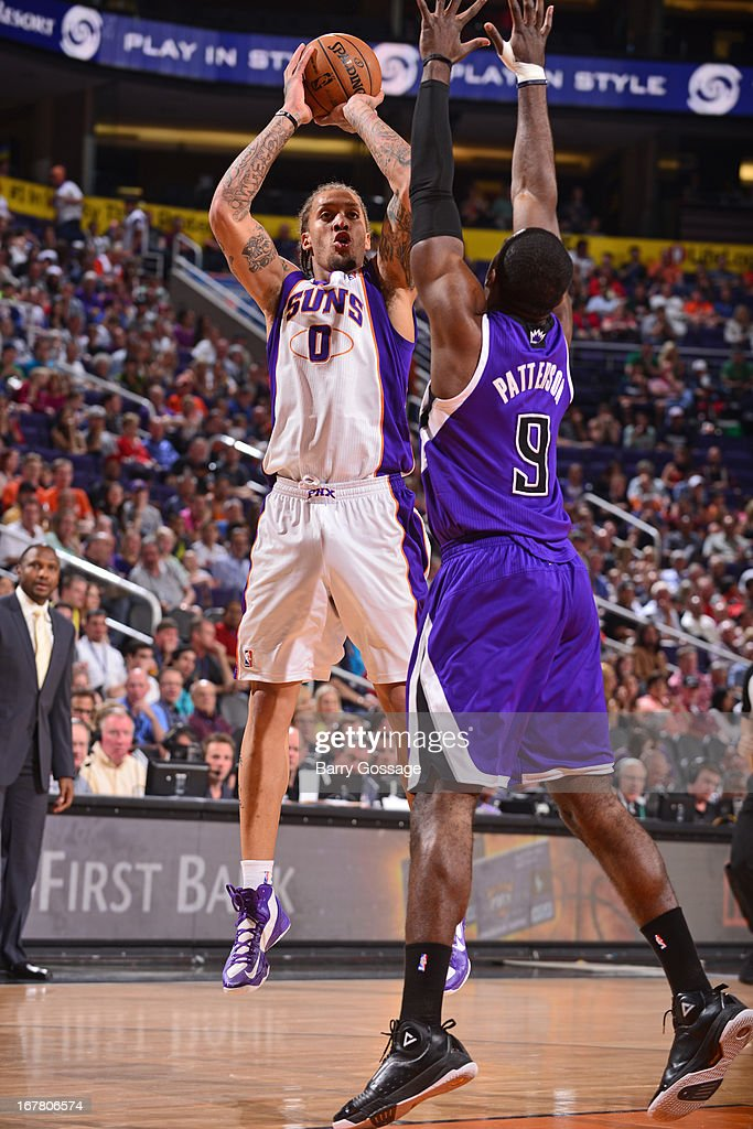 <a gi-track='captionPersonalityLinkClicked' href=/galleries/search?phrase=Michael+Beasley&family=editorial&specificpeople=4135134 ng-click='$event.stopPropagation()'>Michael Beasley</a> #0 of the Phoenix Suns shoots the ball against the Sacramento Kings on March 28, 2013 at U.S. Airways Center in Phoenix, Arizona.