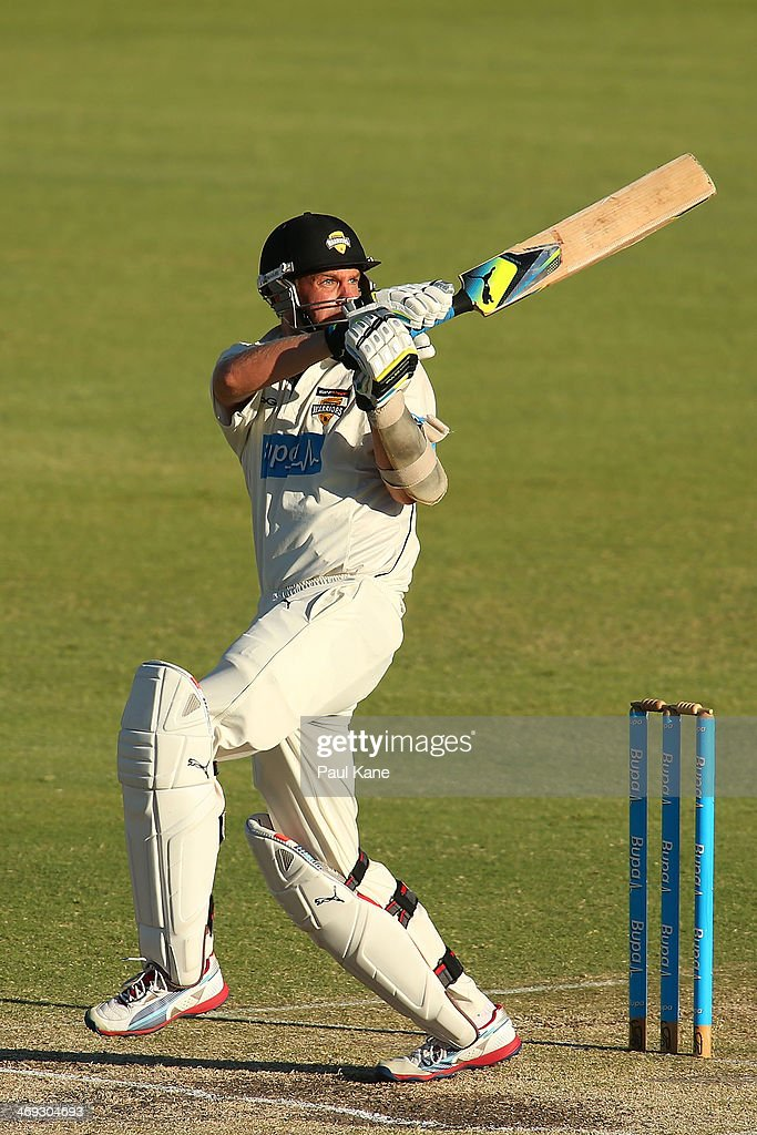 <a gi-track='captionPersonalityLinkClicked' href=/galleries/search?phrase=Michael+Beer&family=editorial&specificpeople=7299641 ng-click='$event.stopPropagation()'>Michael Beer</a> of the Warriors bats during day three of the Sheffield Shield match between the Western Australia Warriors and the Tasmania Tigers at the WACA on February 14, 2014 in Perth, Australia.