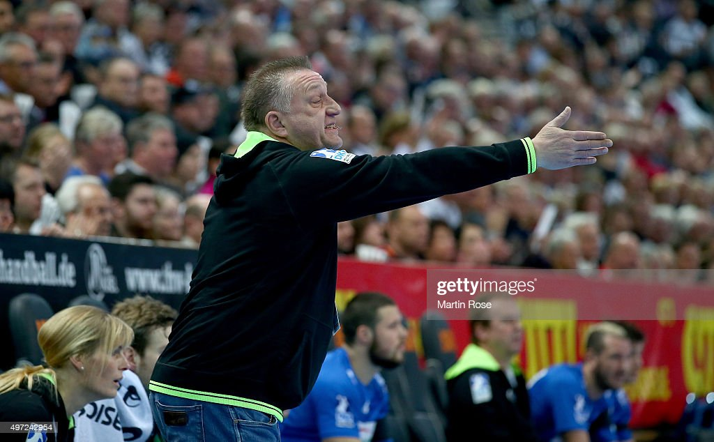 Michael Biegler head coach of HSV Handball gestures during the DKB HBL Bundesliga match between THW Kiel and HSV Handball at Sparkassen Arena on...