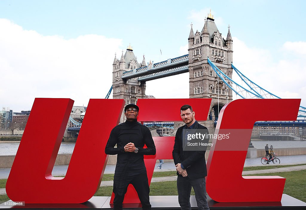 <a gi-track='captionPersonalityLinkClicked' href=/galleries/search?phrase=Michael+Bisping&family=editorial&specificpeople=4165714 ng-click='$event.stopPropagation()'>Michael Bisping</a> (R) and Anderson Silva pose at Tower Bridge on February 25, 2016 in London, England.