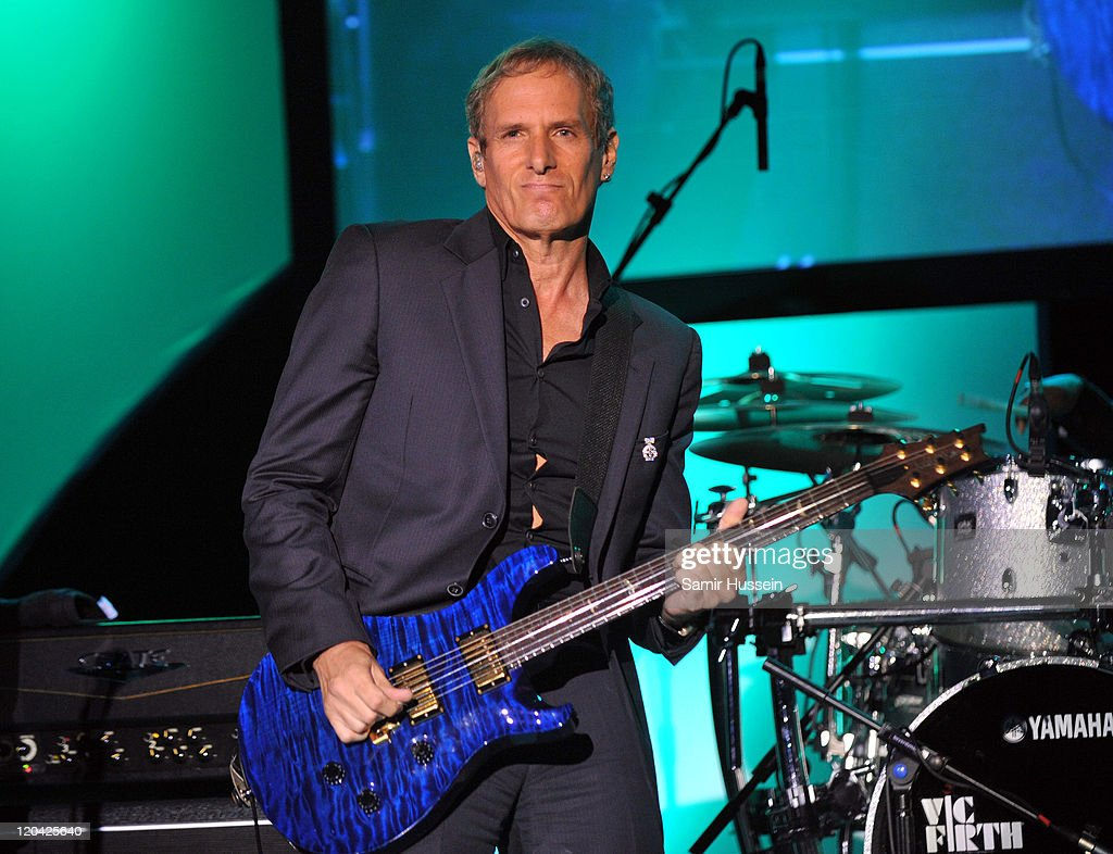 <a gi-track='captionPersonalityLinkClicked' href=/galleries/search?phrase=Michael+Bolton&family=editorial&specificpeople=208230 ng-click='$event.stopPropagation()'>Michael Bolton</a> performs live at the FitFlop Shooting Stars Benefit Closing Ball following a two-day golf tournament raising vital funds for Make-A-Wish Foundation UK at the Royal Courts of Justice on August 5, 2011 in London, England.