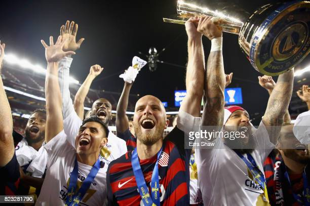 Michael Bradley and Tim Howard and the rest of the United States team celebrates after they beat Jamaica in the 2017 CONCACAF Gold Cup Final at...