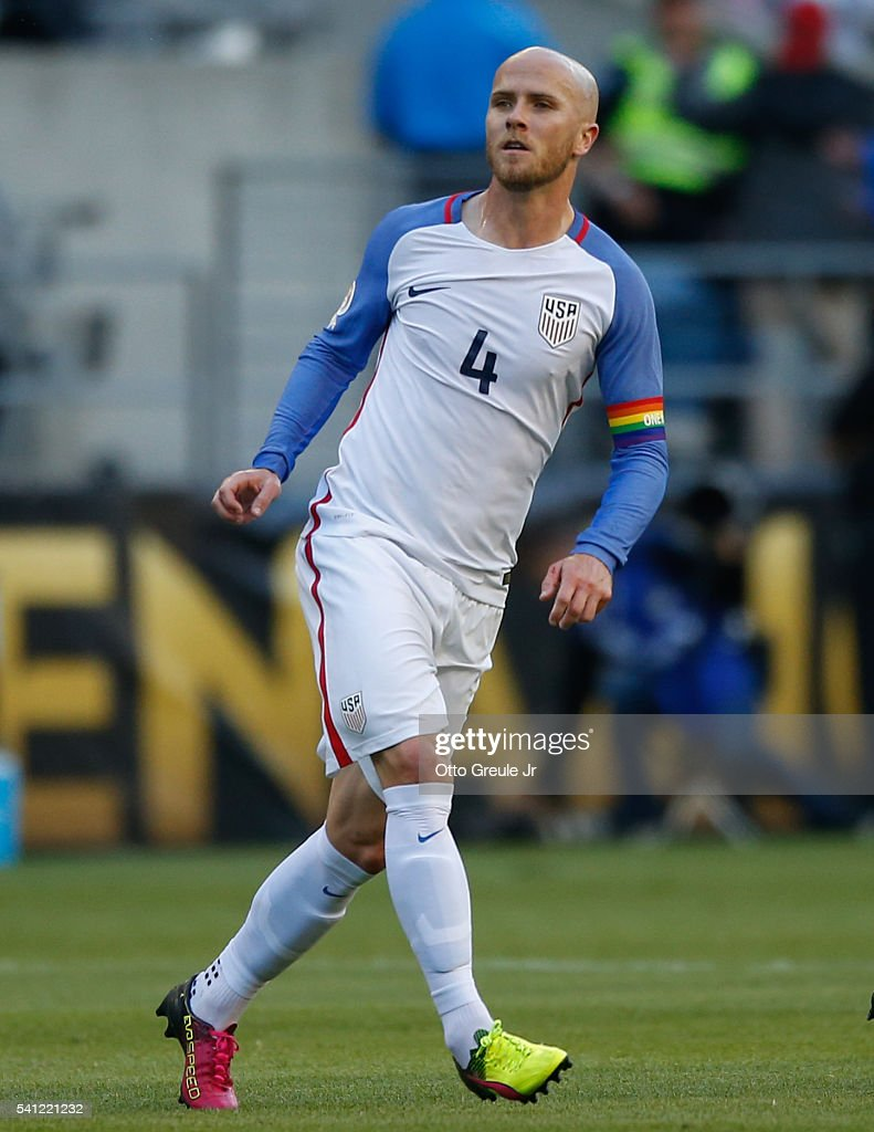 <a gi-track='captionPersonalityLinkClicked' href=/galleries/search?phrase=Michael+Bradley+-+Soccer+Player&family=editorial&specificpeople=7022299 ng-click='$event.stopPropagation()'>Michael Bradley</a> #4 of the United States, wearing a rainbow armband in honor of the Orlando shooting victims, in action against Ecuador during the 2016 Quarterfinal - Copa America Centenario match at CenturyLink Field on June 16, 2016 in Seattle, Washington.