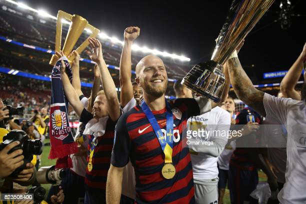 Michael Bradley of United States lifts the trophy to celebrate after winning the CONCACAF Gold Cup 2017 final match between United States and Jamaica...