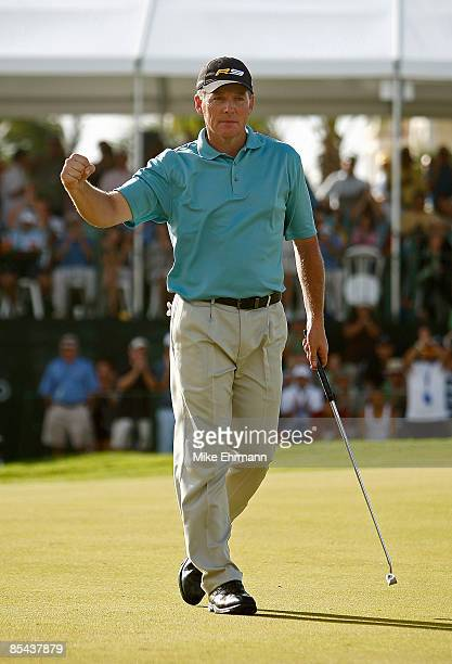 Michael Bradley sinks a birdie putt on the 18th hole during the final round of the 2009 Puerto Rico Open presented by Banco Popular at the Trump...