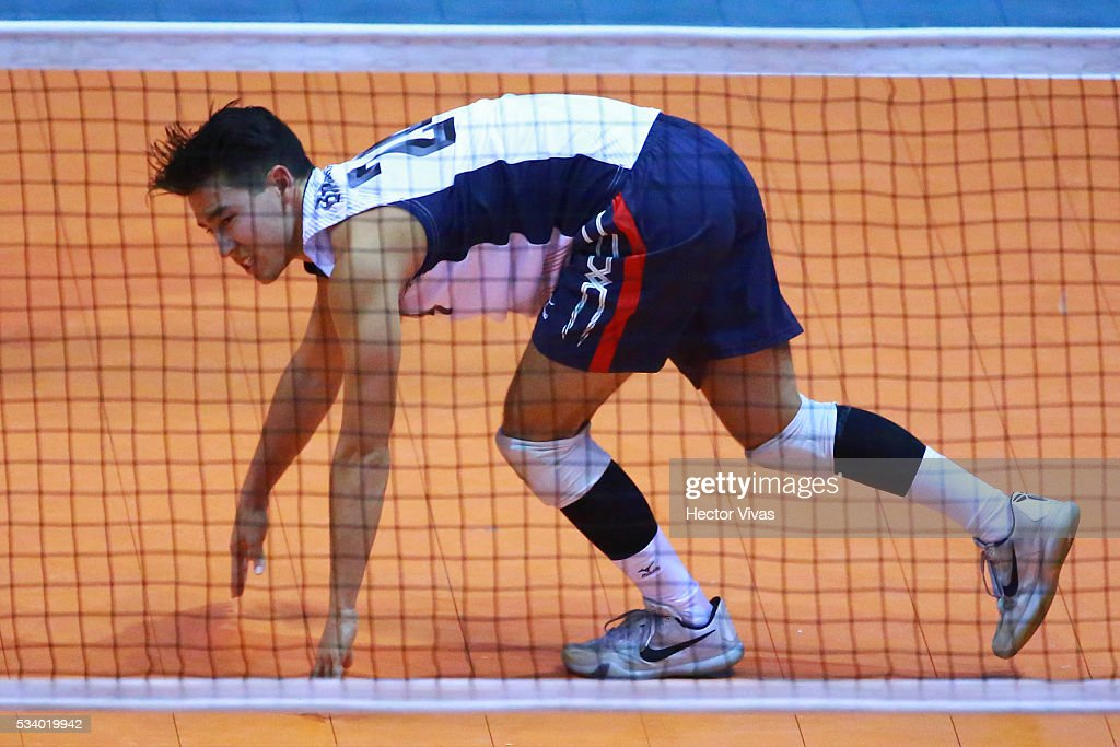 Michael Brinkley of United States reacts during a match between USA and Canada as part of Men's Panamerican Volleybal Cup at Gimnasio Ol'mpico Juan de la Barrera on May 24, 2016 in Mexico City, Mexico.