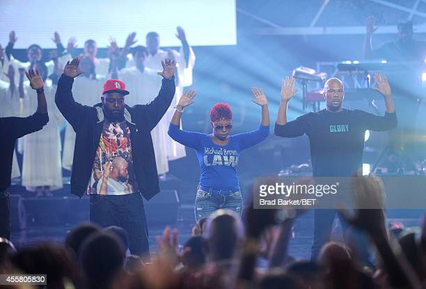 Michael Brown Sr Lesley McSpadden and Common appear onstage during the BET Hip Hop Awards 2014 at Boisfeuillet Jones Atlanta Civic Center on...