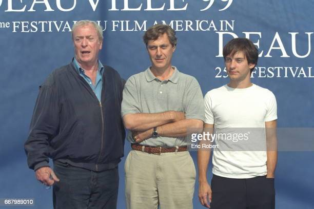 Michael Caine Lasse Hallstrom and Tobey Maguire