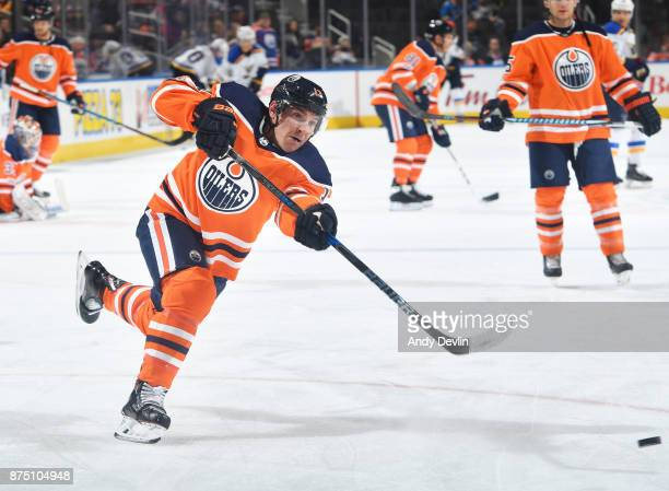 Michael Cammalleri of the Edmonton Oilers warms up prior to the game against the St Louis Blues on November 16 2017 at Rogers Place in Edmonton...