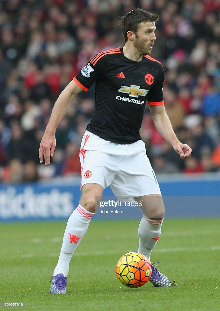 <a gi-track='captionPersonalityLinkClicked' href=/galleries/search?phrase=Michael+Carrick&family=editorial&specificpeople=214599 ng-click='$event.stopPropagation()'>Michael Carrick</a> of Manchester United in action during the Barclays Premier League match between Sunderland and Manchester United at Stadium of Light on February 13, 2016 in Sunderland, England.