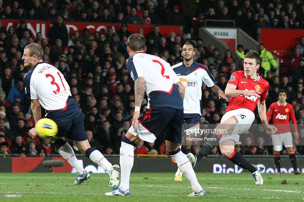 Michael Carrick of Manchester United scores their third during the Barclays Premier League match between Manchester United and Bolton Wanderers at...