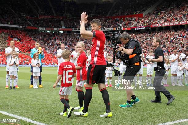 Michael Carrick with to his children Jacey and Louise before his Testimonial match