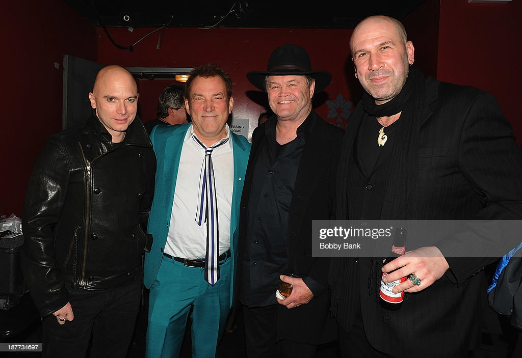 <a gi-track='captionPersonalityLinkClicked' href=/galleries/search?phrase=Michael+Cerveris&family=editorial&specificpeople=206935 ng-click='$event.stopPropagation()'>Michael Cerveris</a>, <a gi-track='captionPersonalityLinkClicked' href=/galleries/search?phrase=Des+McAnuff&family=editorial&specificpeople=757091 ng-click='$event.stopPropagation()'>Des McAnuff</a>, <a gi-track='captionPersonalityLinkClicked' href=/galleries/search?phrase=Micky+Dolenz&family=editorial&specificpeople=221363 ng-click='$event.stopPropagation()'>Micky Dolenz</a> and Jeremy Schofeldand attends 2013 Rockers on Broadway at Le Poisson Rouge on November 11, 2013 in New York City.