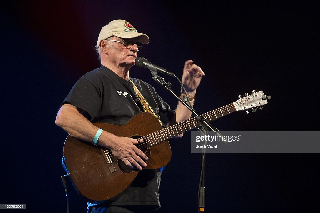 Michael Chapman performs on stage at Take Root Festival 2013 at De Oosterport on September 14, 2013 in Groningen, Netherlands.