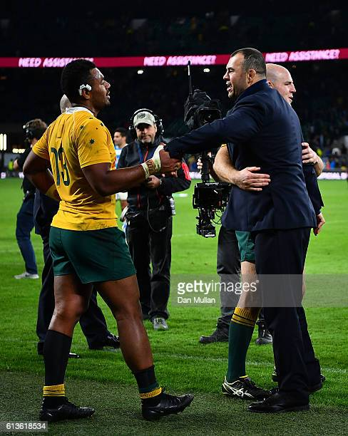 Michael Cheika Head Coach of Australia celebrates with Samu Kerevi and Stephen Moore following the Rugby Championship match between Argentina and...