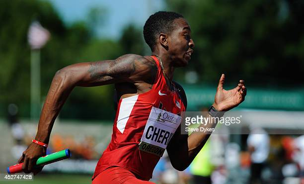 Michael Cherry of the US celebrates heads out on the anchor leg of apreliminary heat in the 4X400m relay during day five of the IAAF World Junior...