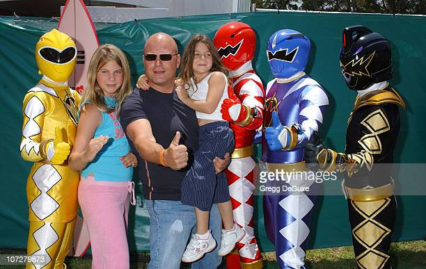 Michael Chiklis and daughter's at the 2004 Target A Time for Heroes Celebrity Carnival to benefit the Elizabeth Glaser Pediatric AIDS Foundation