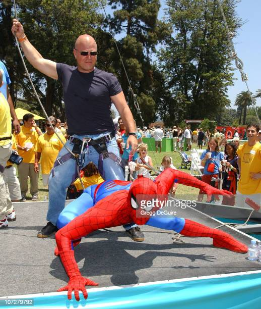 Michael Chiklis and SpiderMan at the 2004 Target A Time for Heroes Celebrity Carnival to benefit the Elizabeth Glaser Pediatric AIDS Foundation