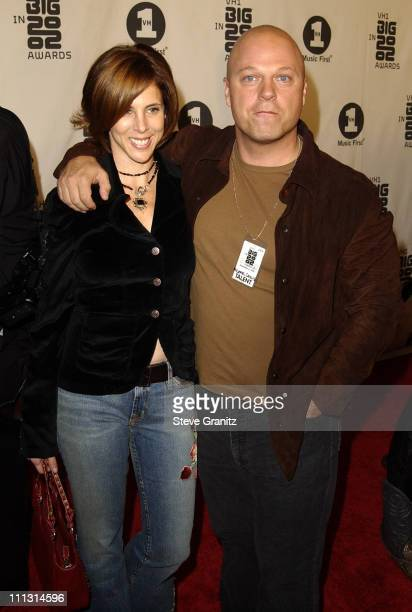 Michael Chiklis and wife Michelle Moran during VH1 Big in 2002 Awards Arrivals at The Grand Olympic Auditorium in Los Angeles California United States