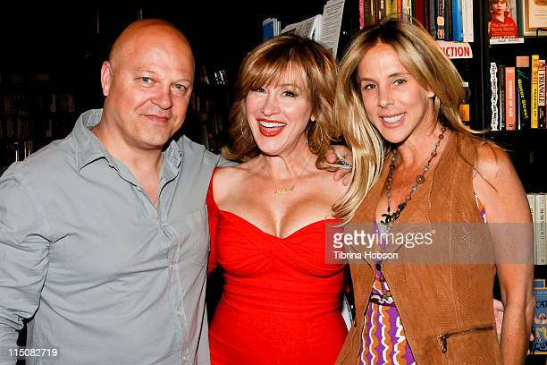Michael Chiklis Lisa Ann Walter and Michelle Moran arrive at Walter's book signing for 'The Best Thing About My Ass Is That It's Behind Me' at Book...