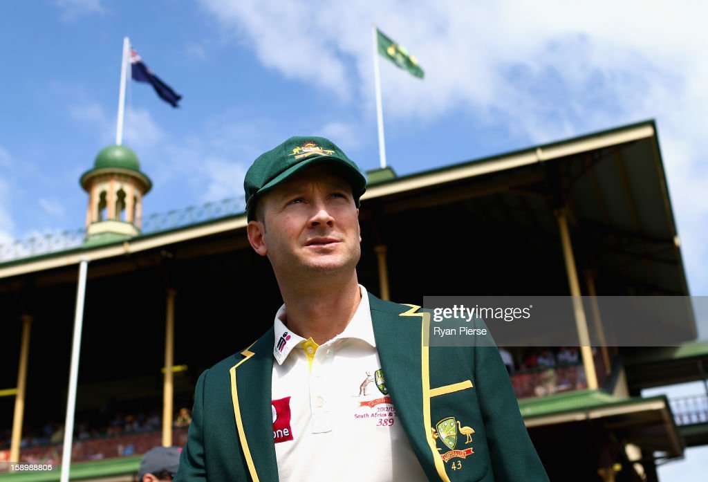 <a gi-track='captionPersonalityLinkClicked' href=/galleries/search?phrase=Michael+Clarke+-+Cricket+Player&family=editorial&specificpeople=175853 ng-click='$event.stopPropagation()'>Michael Clarke</a> of Australia walks out to the middle for the toss during day one of the Third Test match between Australia and Sri Lanka at Sydney Cricket Ground on January 3, 2013 in Sydney, Australia.