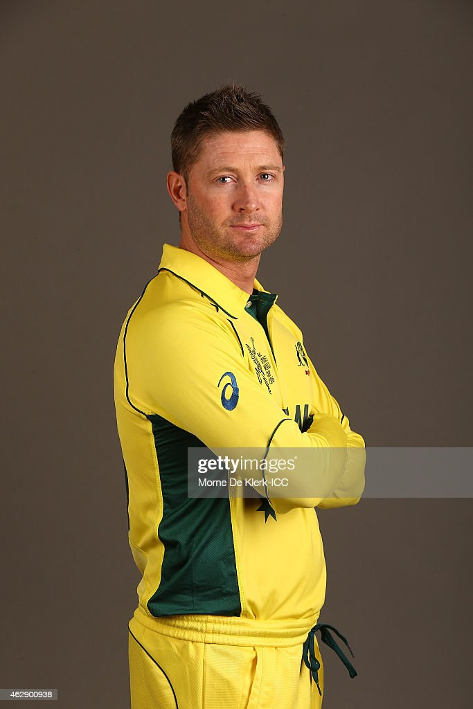 <a gi-track='captionPersonalityLinkClicked' href=/galleries/search?phrase=Michael+Clarke+-+Joueur+de+cricket&family=editorial&specificpeople=175853 ng-click='$event.stopPropagation()'>Michael Clarke</a> poses during the Australia 2015 ICC Cricket World Cup Headshots Session at the Intercontinental on February 7, 2015 in Adelaide, Australia.