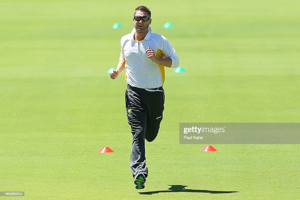 <a gi-track='captionPersonalityLinkClicked' href=/galleries/search?phrase=Michael+Clarke+-+Cricket+Player&family=editorial&specificpeople=175853 ng-click='$event.stopPropagation()'>Michael Clarke</a> takes part in a fitness drill during an Australian One Day International training session at WACA on January 30, 2013 in Perth, Australia.