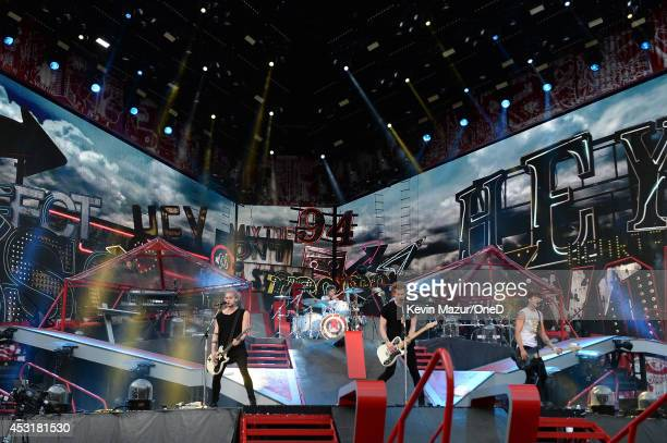Michael Clifford Ashton Irwin Luke Hemmings and Calum Hood of 5 Seconds of Summer perform onstage during the 'Where We Are' tour at Met Life Stadium...