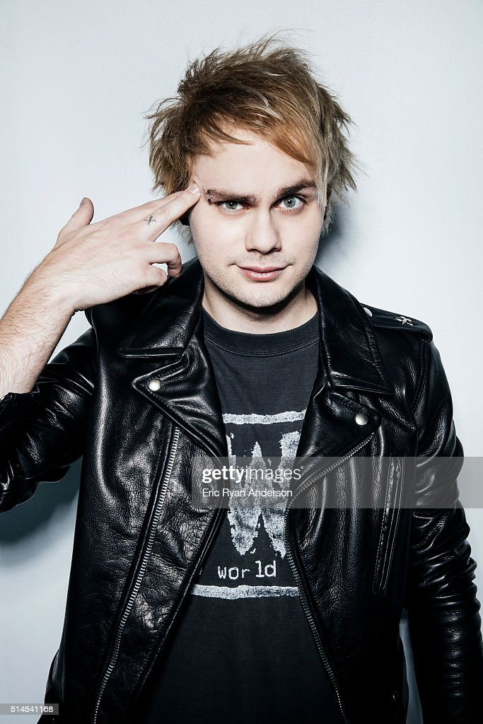 Five Seconds of Summer, Billboard Magazine, October 1 ...