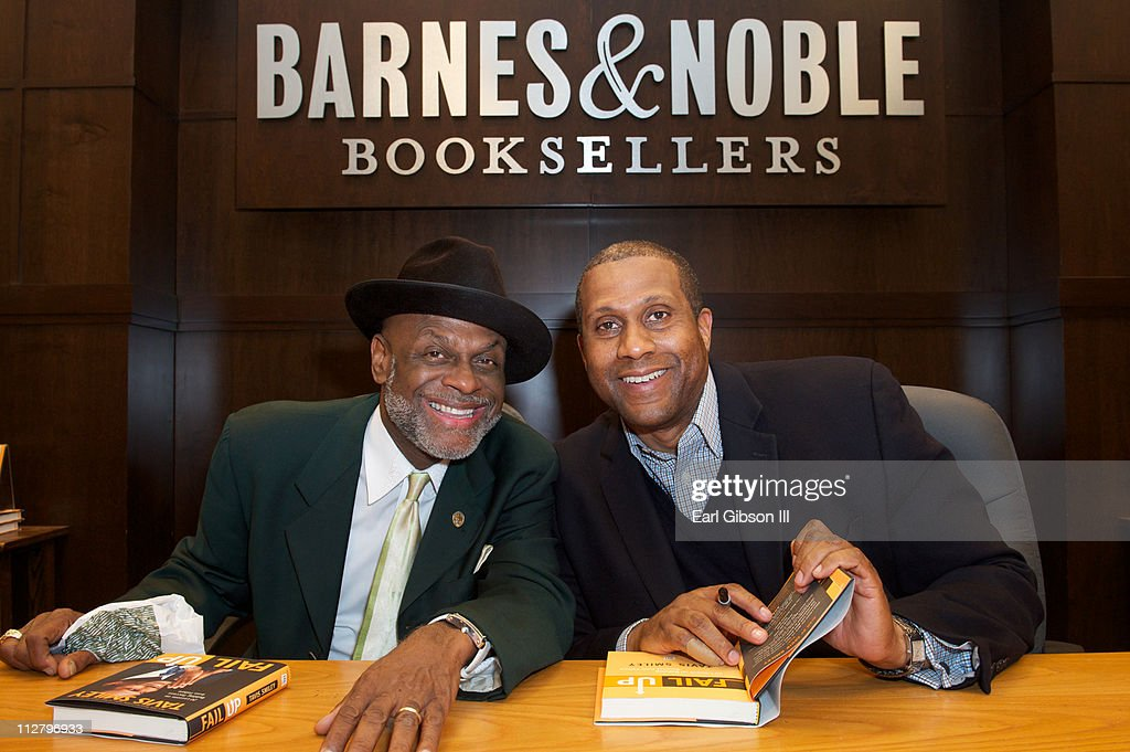 Michael Colyar and Tavis Smiley at the 'FAIL UP' book tour at Barnes & Noble bookstore at The Grove on April 21, 2011 in Los Angeles, California.