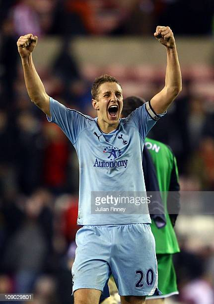 Michael Dawson of Spurs celebrates defeating Sunderland after the Barclays Premier League match between Sunderland and Tottenham Hotspur at the...