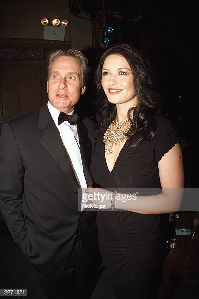 Michael Douglas Catherine Zeta Jones at the Fashion Group International night of stars 2000 A salute to icons of design held in New York City on...