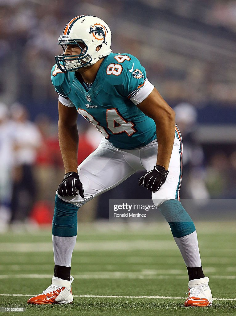 Michael Egnew #84 of the Miami Dolphins at Cowboys Stadium on August 29, 2012 in Arlington, Texas.