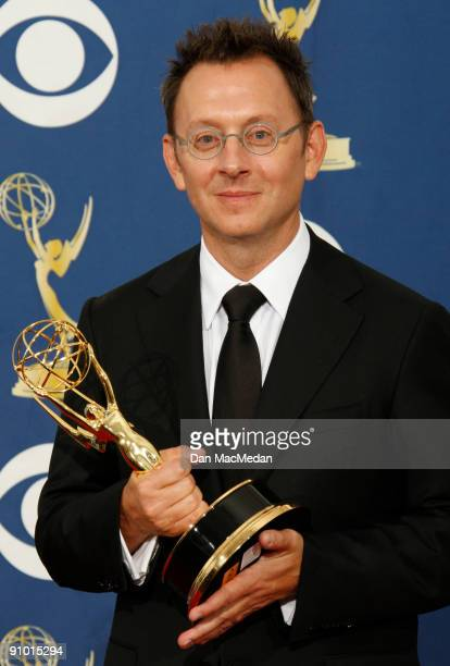 Michael Emerson poses with his award for Outstanding Supporting Actor in a Drama Series for 'Lost' in the press room at the 61st Primetime Emmy...