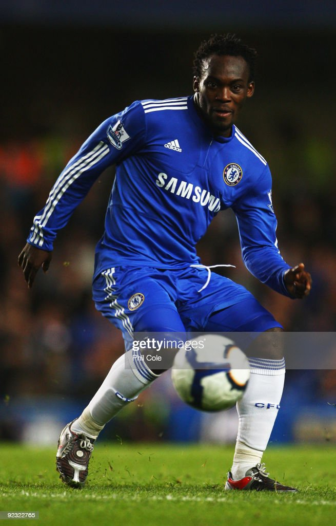 <a gi-track='captionPersonalityLinkClicked' href=/galleries/search?phrase=Michael+Essien&family=editorial&specificpeople=523500 ng-click='$event.stopPropagation()'>Michael Essien</a> of Chelsea in action during the Barclays Premier League match between Chelsea and Blackburn Rovers at Stamford Bridge on October 24, 2009 in London, England.