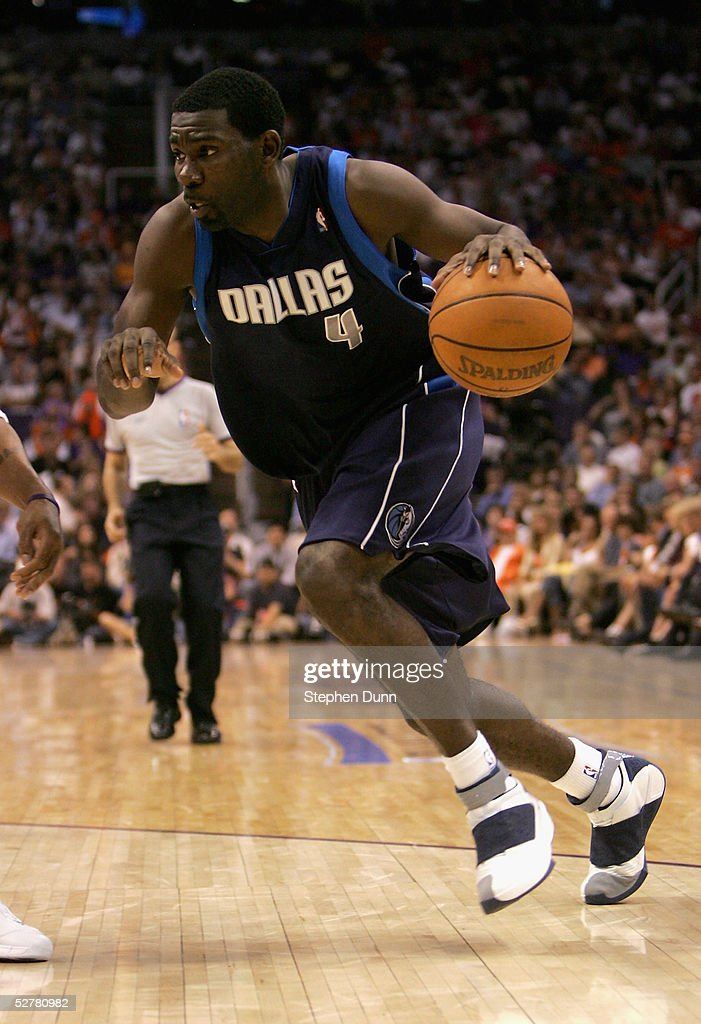 Michael Finley of the Dallas Mavericks drives against the Phoenix Suns in Game one of the Western Conference Semifinals during the 2005 NBA Playoffs...