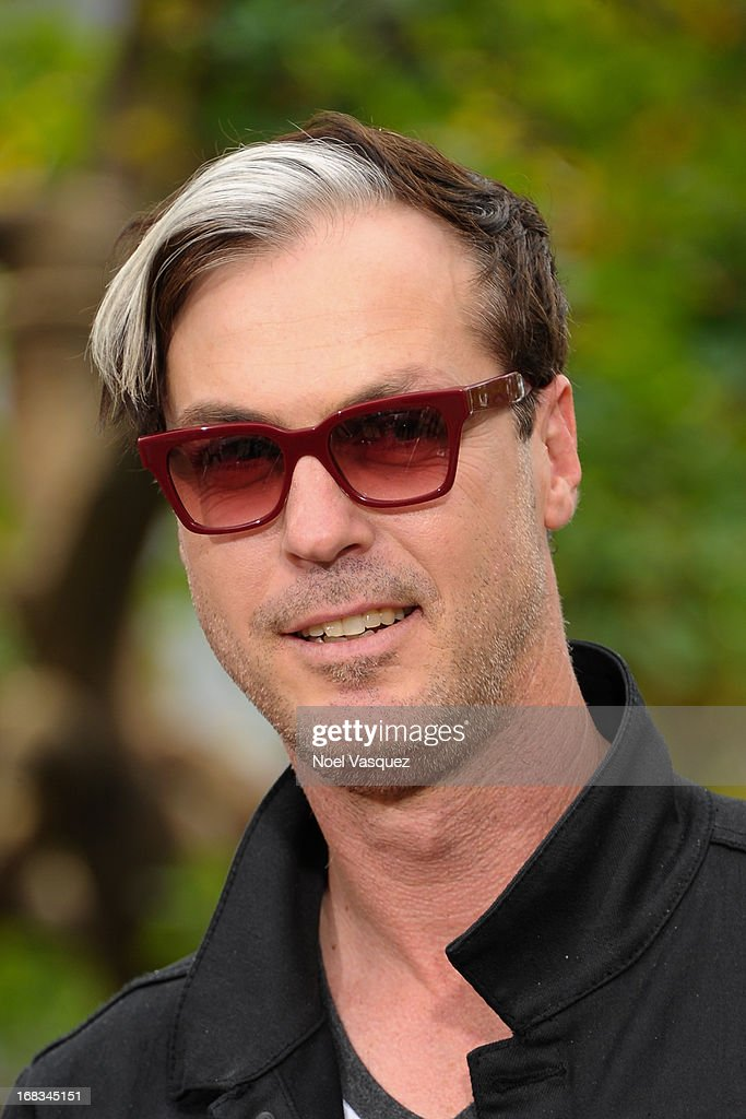Michael Fitzpatrick of Fitz and The Tantrums visits 'Extra' at The Grove on May 8, 2013 in Los Angeles, California.