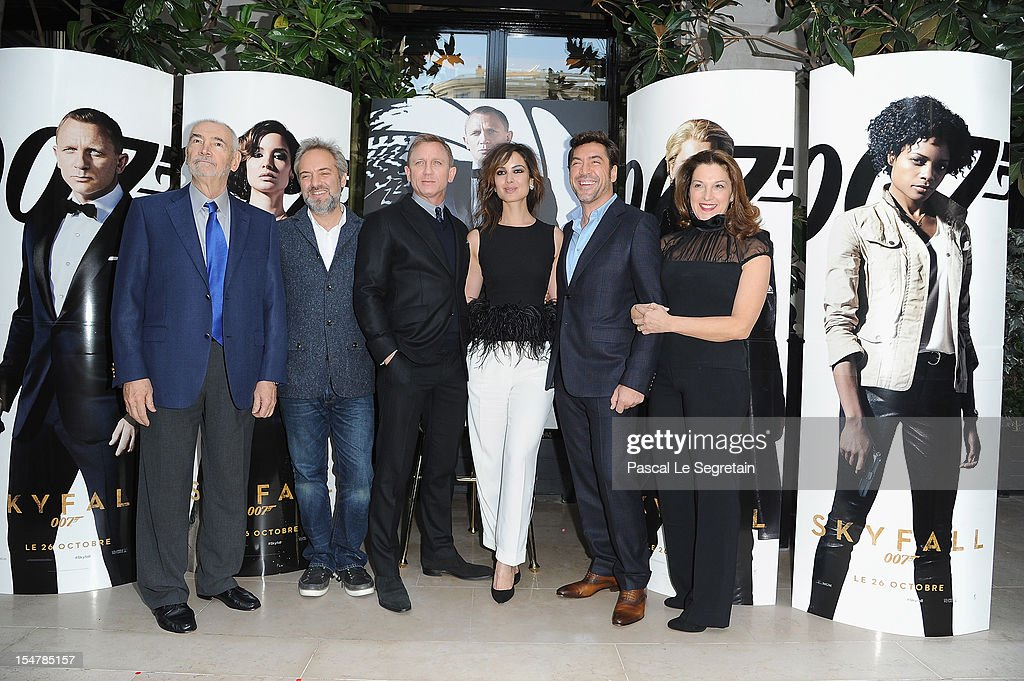 Michael G Wilson, <a gi-track='captionPersonalityLinkClicked' href=/galleries/search?phrase=Sam+Mendes&family=editorial&specificpeople=211300 ng-click='$event.stopPropagation()'>Sam Mendes</a>, Daniel Craig, <a gi-track='captionPersonalityLinkClicked' href=/galleries/search?phrase=Berenice+Marlohe&family=editorial&specificpeople=6966628 ng-click='$event.stopPropagation()'>Berenice Marlohe</a>, <a gi-track='captionPersonalityLinkClicked' href=/galleries/search?phrase=Javier+Bardem&family=editorial&specificpeople=209334 ng-click='$event.stopPropagation()'>Javier Bardem</a> and Barbara Broccoili pose during a photocall for the film 'Skyfall' at Hotel George V on October 25, 2012 in Paris, France.