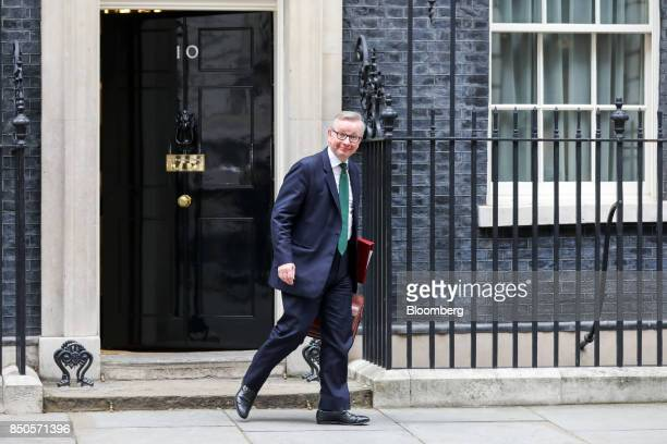 Michael Gove UK environment secretary leaves number 10 Downing Street following a special cabinet meeting in London UK on Thursday Sept 21 2017 UK...