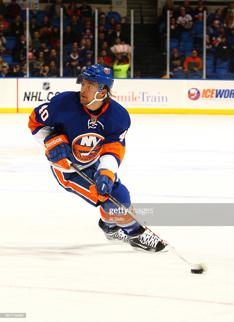 Michael Grabner #40 of the New York Islanders in action against the Buffalo Sabres during their game at Nassau Veterans Memorial Coliseum on February 9, 2013 in Uniondale, New York.