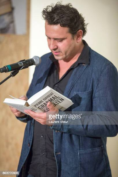 Michael Heitz reads 'Tombeau pour Cinq Cent Mille Soldats' for 50th anniversary of the book at Azzedine Alaia Gallery on October 19 2017 in Paris...