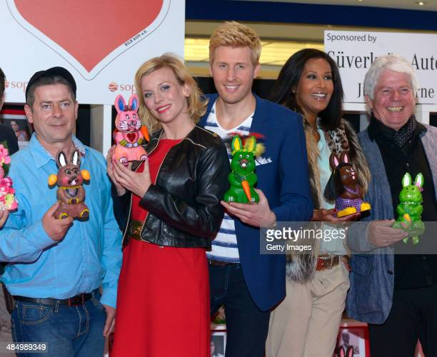 Michael Hirte Eva Habermann Maxi Arland Marie Amiere and Thomas Stein attend Easter Charity Auction at Sophiehof Mall in Kiel on April 15 2014 in...