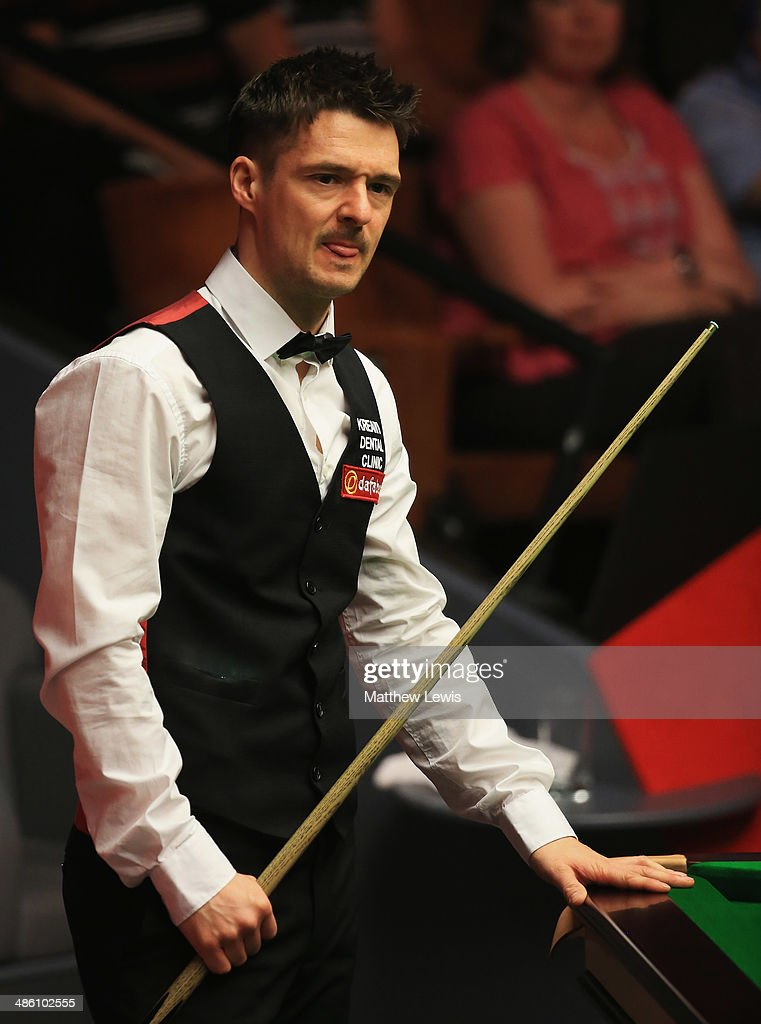 <a gi-track='captionPersonalityLinkClicked' href=/galleries/search?phrase=Michael+Holt&family=editorial&specificpeople=680689 ng-click='$event.stopPropagation()'>Michael Holt</a> of England looks on during his match against Mark Allen of Northern Ireland during day four of the The Dafabet World Snooker Championship at Crucible Theatre on April 21, 2014 in Sheffield, England.