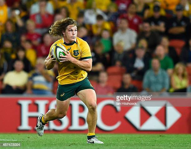 Michael Hooper of the Wallabies runs the ball during The Rugby Championship match between the Australian Wallabies and the New Zealand All Blacks at...