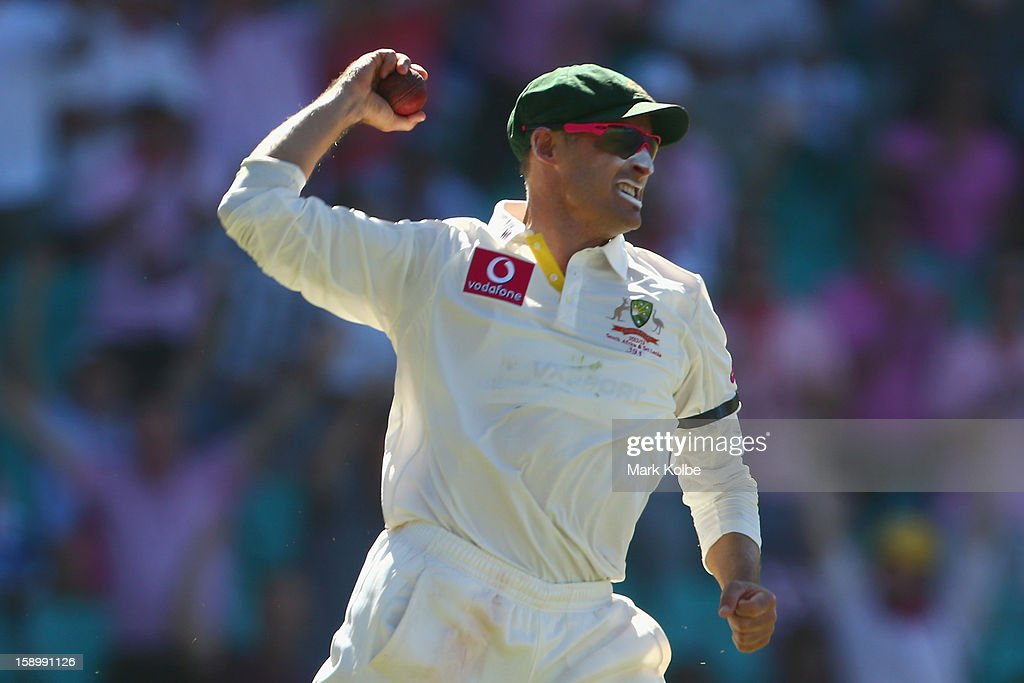 Michael Hussey of Australia celebrates catching Thilan Samaraweera of Sri Lanka during day three of the Third Test match between Australia and Sri Lanka at Sydney Cricket Ground on January 5, 2013 in Sydney, Australia.