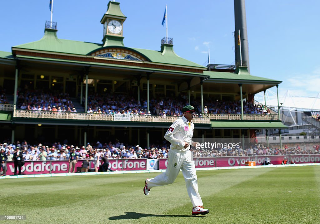 Michael Hussey of Australia leads his team onto the field for his final test during day one of the Third Test match between Australia and Sri Lanka at Sydney Cricket Ground on January 3, 2013 in Sydney, Australia.