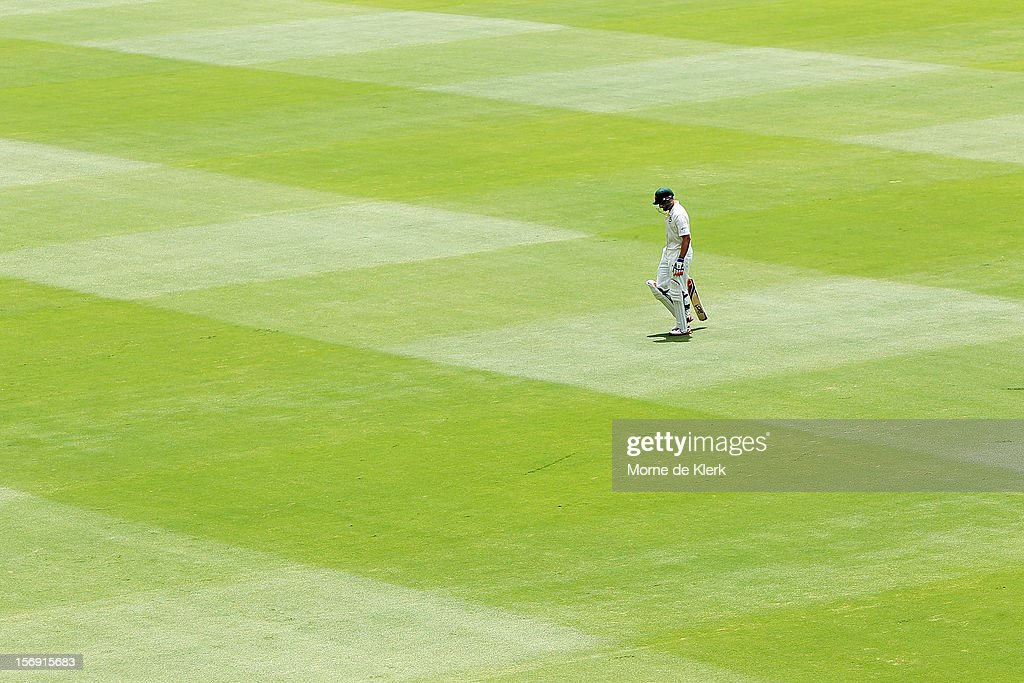 Michael Hussey of Australia leaves the field after getting out during day four of the Second Test Match between Australia and South Africa at Adelaide Oval on November 25, 2012 in Adelaide, Australia.