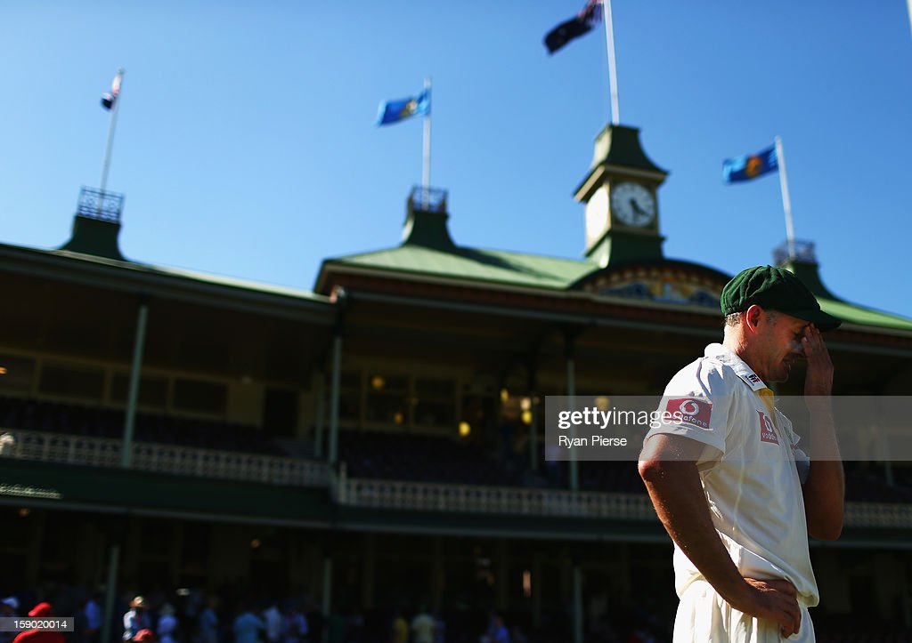 <a gi-track='captionPersonalityLinkClicked' href=/galleries/search?phrase=Michael+Hussey&family=editorial&specificpeople=171690 ng-click='$event.stopPropagation()'>Michael Hussey</a> of Australia looks on after playing his last last test match during day four of the Third Test match between Australia and Sri Lanka at Sydney Cricket Ground on January 6, 2013 in Sydney, Australia.