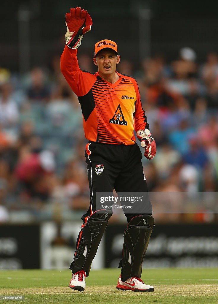 Michael Hussey of the Perth Scorchers wicketkeeps during the Big Bash League semi-final match between the Perth Scorchers and the Melbourne Stars at the WACA on January 16, 2013 in Perth, Australia.