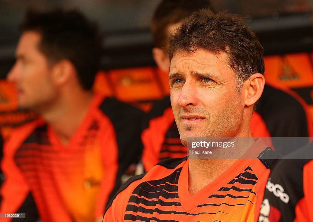 <a gi-track='captionPersonalityLinkClicked' href=/galleries/search?phrase=Michael+Hussey&family=editorial&specificpeople=171690 ng-click='$event.stopPropagation()'>Michael Hussey</a> of the Scorchers watches the action from the bench while waiting to bat during the Big Bash League match between the Perth Scorchers and Adelaide Strikers at WACA on December 9, 2012 in Perth, Australia.